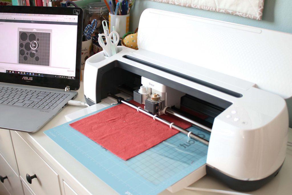 máquina cricut corta feltro e tecido